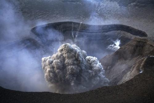 Martin Rietze Yasur volcano in Tanna Island, Vanuatu.jpg