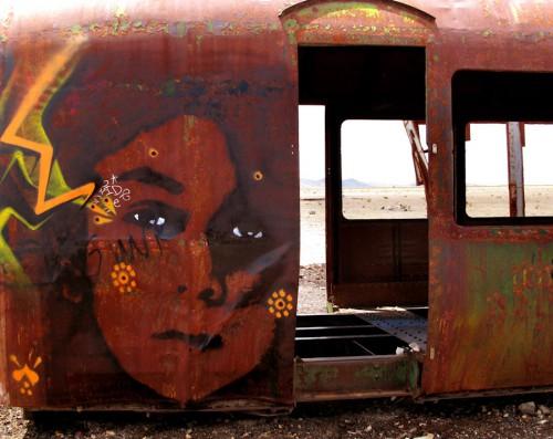 stinkfish_uyuni_bolivia_train_cementery_1000.jpg