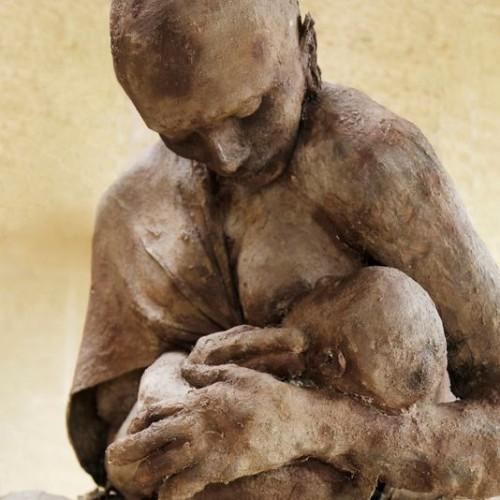 ousmane sow mère et enfant.jpg