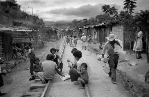 Jean Gaumy San Salvador Shanty town.jpg
