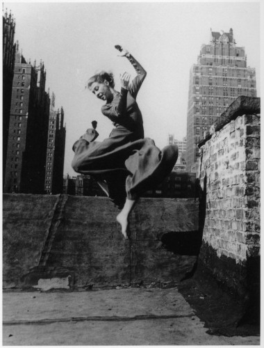 ellen auerbach-the-dancer-renate-schottelius-new-york-1947.jpg