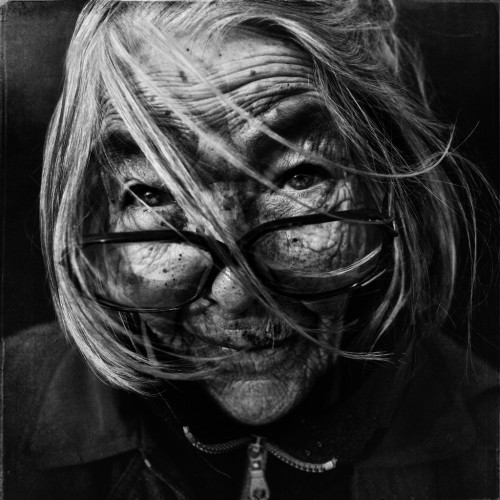 Lee_Jeffries_Portraits_de_SDF_36.jpg