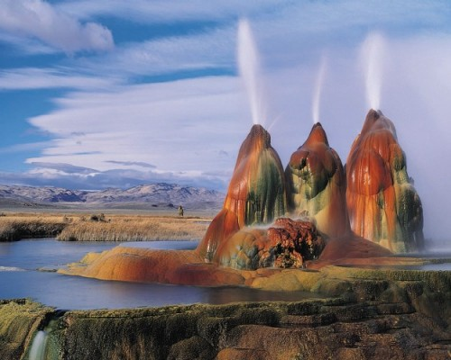 Fly Geyser is a small geothermal geyser that is located approximately 20 miles (32 km) north of Gerlach, in Washoe County, Nevada..jpg