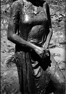 Maureen Bisilliat - Caranguejeiras, 1968.jpg