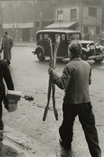 Marc Riboud Two Baguettes, Paris, 1953.jpeg