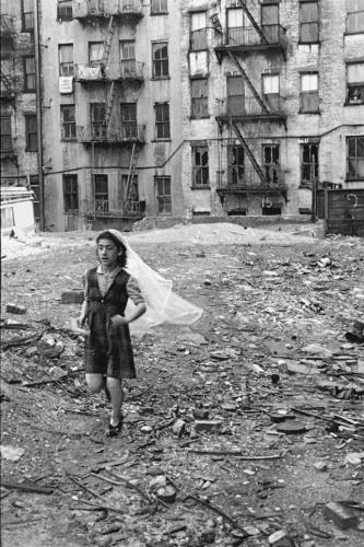 Helen Levitt.jpg