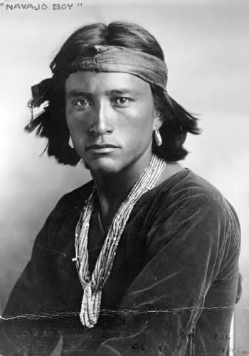Carl Moon_Navajo Boy 1907.jpg