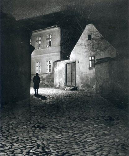 André Kertész (1894-1985) Budapest 1914.n.jpg