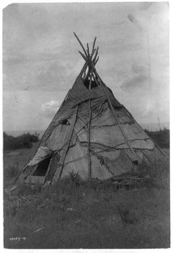 Tepee Yakama washington state.jpg