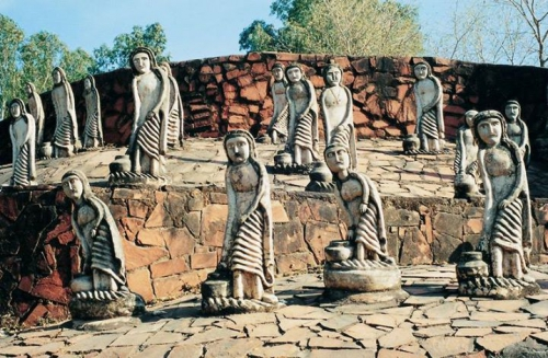 Nek Chand's Rock Garden in Chandigarh, Indian.jpg