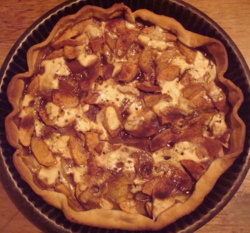 tarte pommes poires cannelle crème de châtainge.JPG