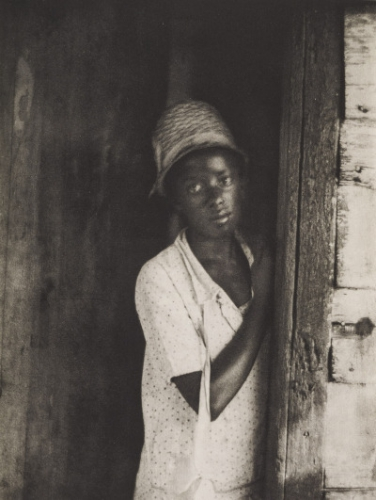 Doris Ulmann (1884-1934), [Girl standing in doorway], 1933.jpg