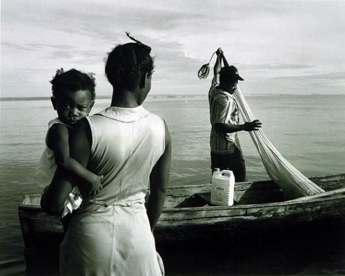 Tony Gleaton Nicaragua Family of the Sea, 1988,  from the series Tengo Casi 500 Anos.jpg