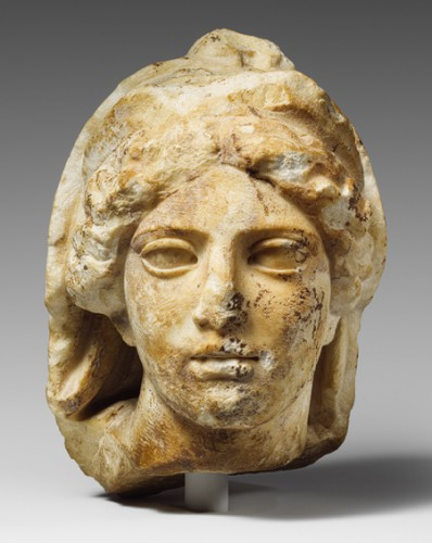 Head of a veiled goddess, Classical, ca. 425 B.C Grève Attique.jpg