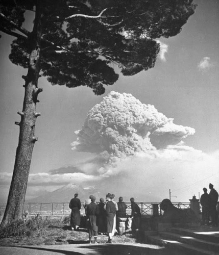 The Eruption of Mount Vesuvius 1944n.jpg