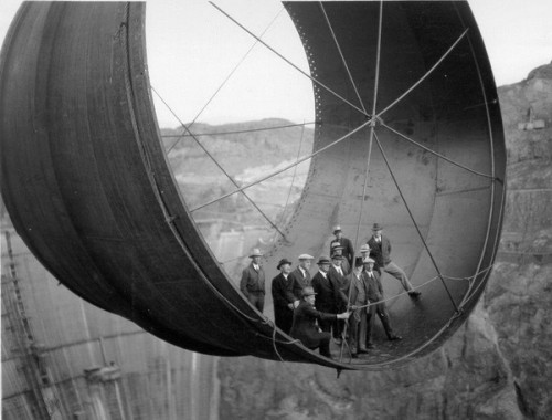 Eugène de Salignac Construction of Hoover Dam, 1933-1935.jpg