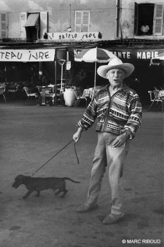 Marc Riboud Picasso st trop 1957.jpg