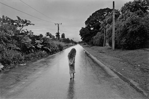 Cristina García Rodero Caminos de lluvia, Cuba 2007.jpg