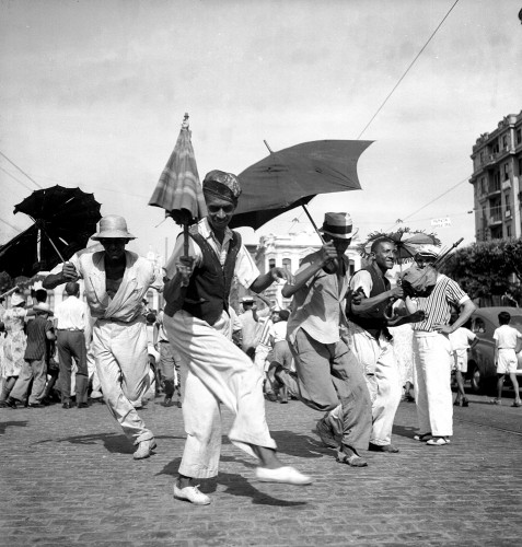 Pierre Verger_Frevo-Recife-1947.jpg