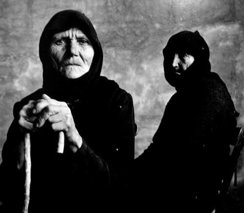 irving-penn-two-cretan-women-1964.jpg