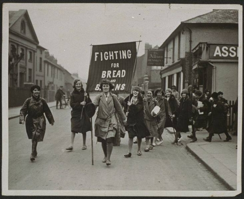 Women's section of hunger marchers on the way to London, April 1930 Daily Herald Archive_n.jpg