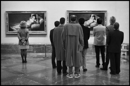 Elliott Erwitt SPAIN. 1995. Madrid. Museo del Prado..jpg