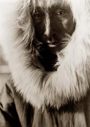 Edward S. Curtis Jajuk, an Eskimo Man 1929.jpg