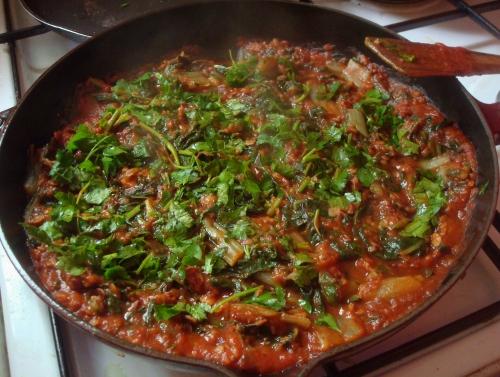Blettes aux flocons d'azukis en sauce tomate.JPG