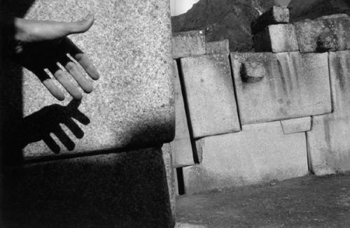 Sergio Larrain PERU. Cuzco. Saxahuam fortress. Megalithic stone work. 1960.png
