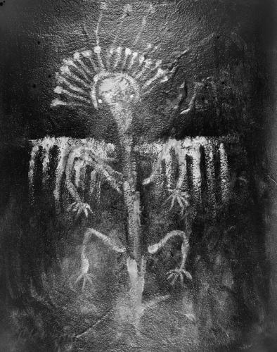 native american petroglyph californie.jpg