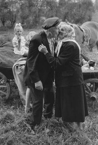 Romualdas Požerskis Lituaniens pèlerinages , Pavandene 1978.jpg