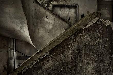 cia de foto Escada do Edifício Prestes Maia Ensaio 911 2006.jpg