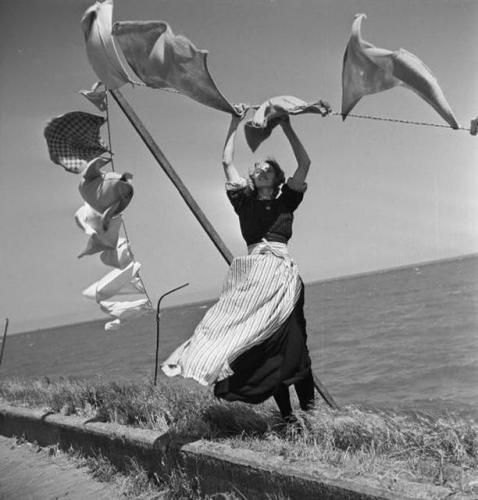 Henk Jonker - Volendam, The Netherlands 1947.jpg