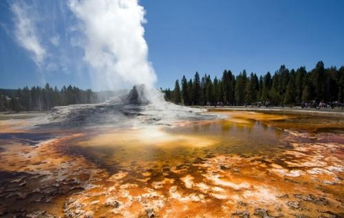 domenico Salvagnin castle-geyser-eruption.jpg