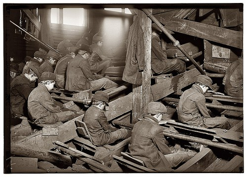 Lewis Wickes Hine Coal breakers 1911.jpg