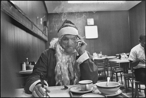 Mary ellen mark Santa Claus at lunch, New York City, 1963.jpg