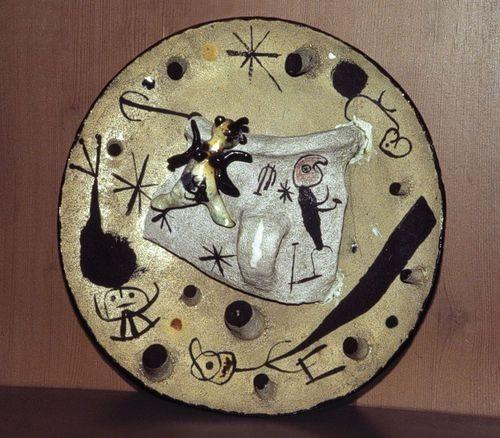 joan miro antiplat ceramics_1956.jpg