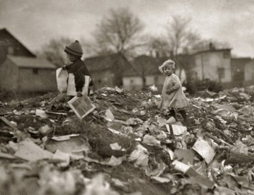 Lewis Wickes Hine November 1912. Children going through Whitman Street dump. Pawtucket, Rhode Island .jpg