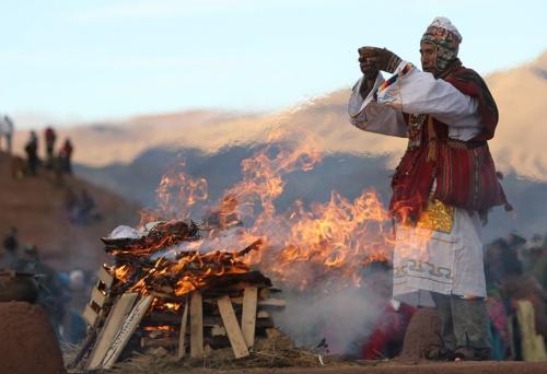 David Mercado Aymara traditional doctor celebrating the Solstice in Tiwanaku, Bolivian.jpg