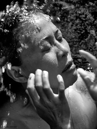 Aimery Joëssel pray in bali 3 (4).jpg