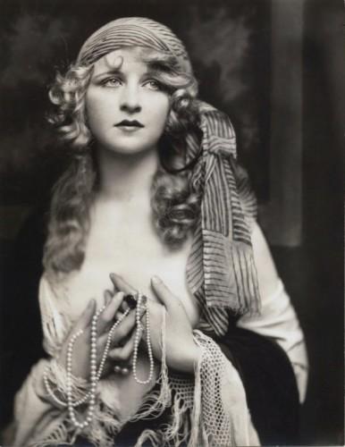 alfred cheney-johnston  myrna-darby-1920_s.jpg