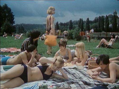 Comment noyer le Dr Mracek ou la fin des ondins en Bohême 1975.jpg