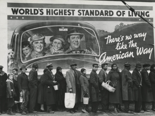 Margaret Bourke-White At the time of the Louisville Flood, Louisville, Kentucky, 1937.jpg