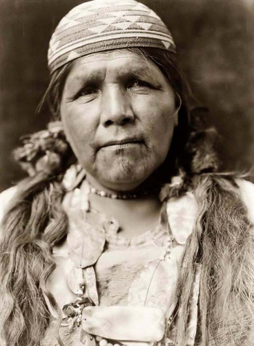 Edward S. Curtis Principal Female Shaman Hupa 1923.jpg