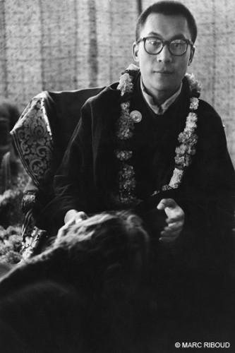 Marc Riboud dalaï lama calcutta 1956.jpg