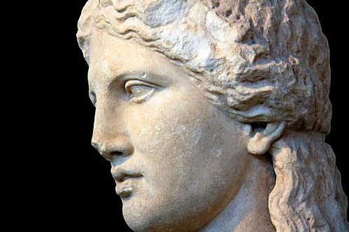 Tete-de-Dionysos--de-son-sanctuaire-de-Thassos IV e s av jc .jpg
