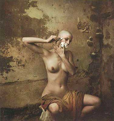 Jan Saudek Gabi shaves herself 1982.jpg
