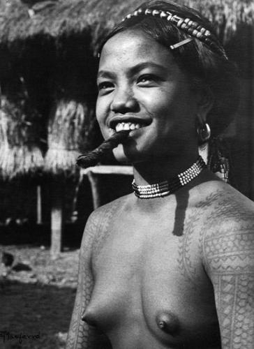 Eduardo Masferré Buscalan Tinglayan Kalinga philippines 1952.png