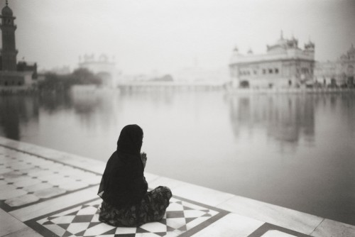 Kenro Izu amritsar-376-himachal-pradesh-india-2009.jpg