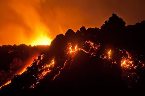 Raymo (Raymond Hoffmann volcan-d-islande.jpg